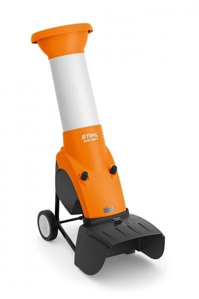 STIHL GHE 250 S, Kraftvoller Elektro-Häcksler, für Äste bis 35mm mit schrägstehenden Einfülltrichter